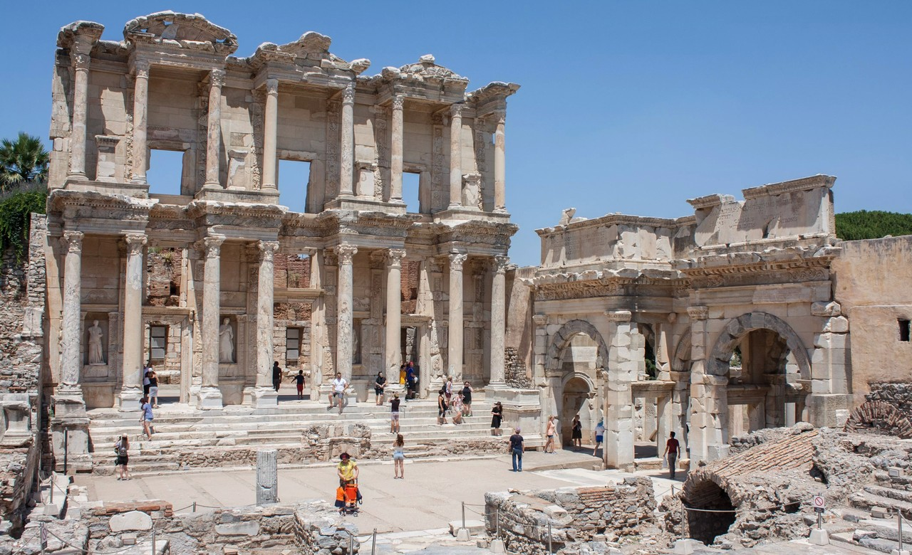 Guided visit to Ancient City of Ephesus