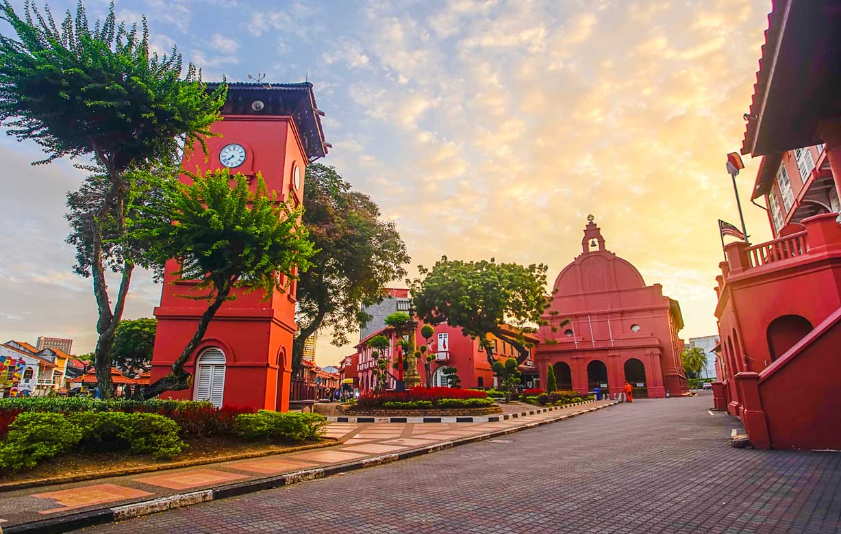 Full Day Historical Melaka Tour With Lunch ( Local Food )