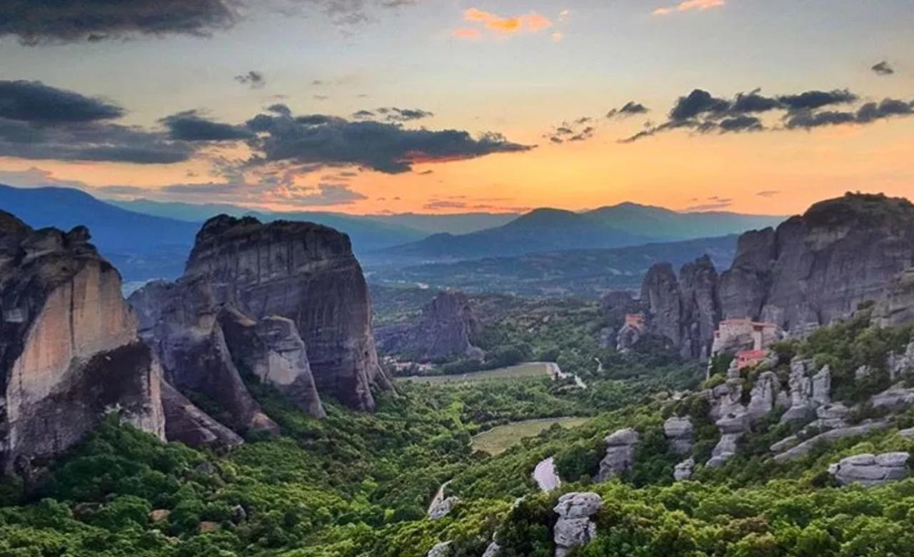 Pay a visit to Meteora