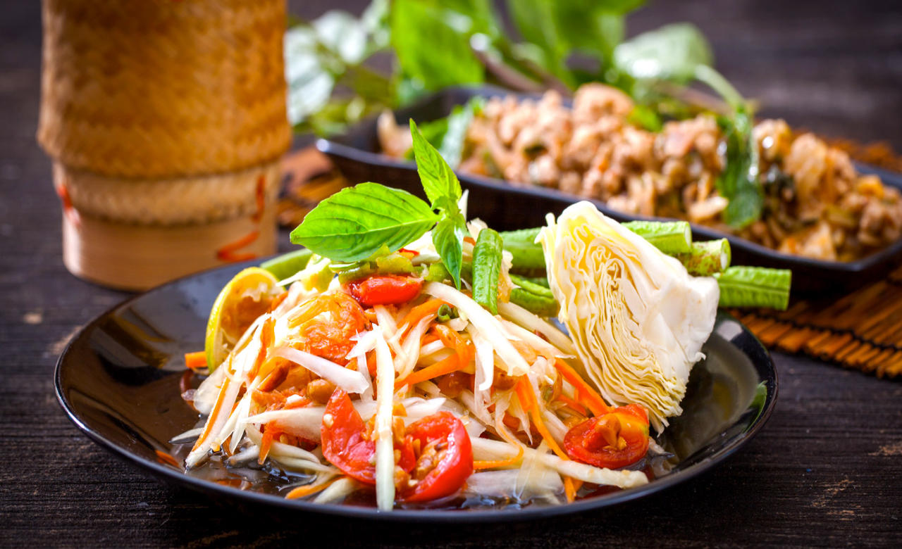 Take a Food Tour and Experience Real Thai Cuisine