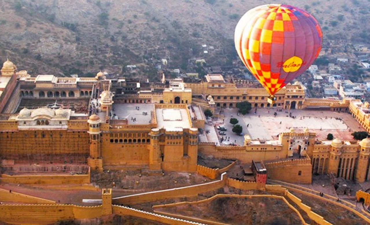 Get a Bird's Eye View of Jaipur on a Hot Air Balloon Ride