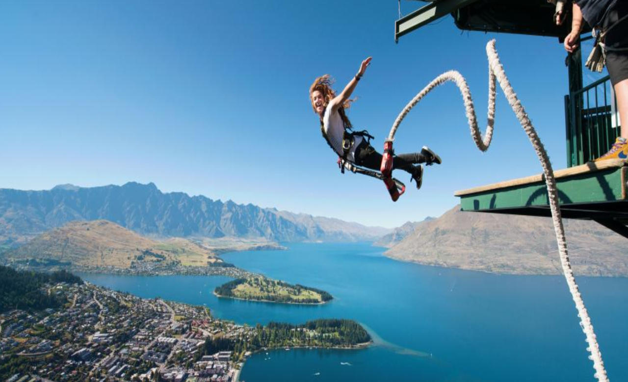 Bungee Jump from Kawarau Bridge