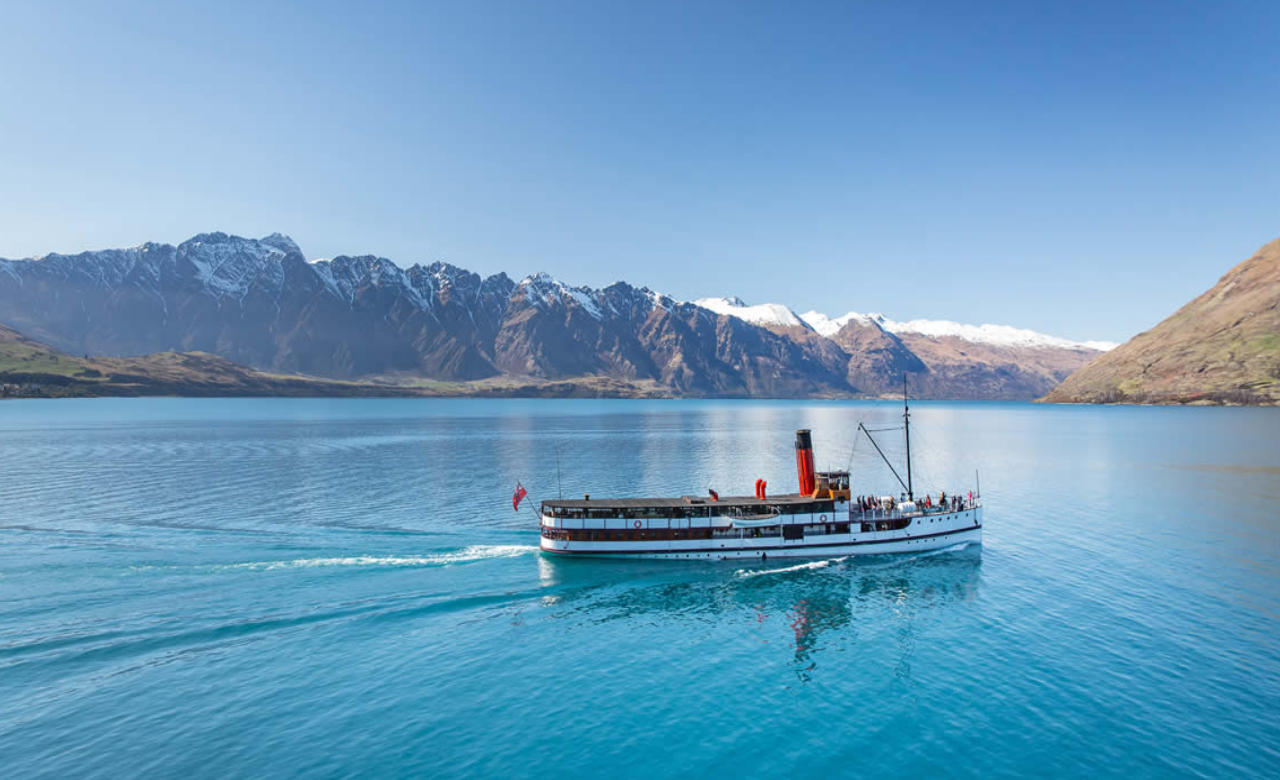 Earnslaw Lake Wakatipu Cruise and High Country Farm Experience