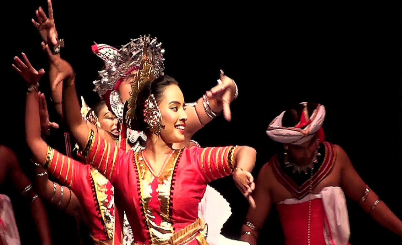 Watch the Traditional Kandyan Dancing