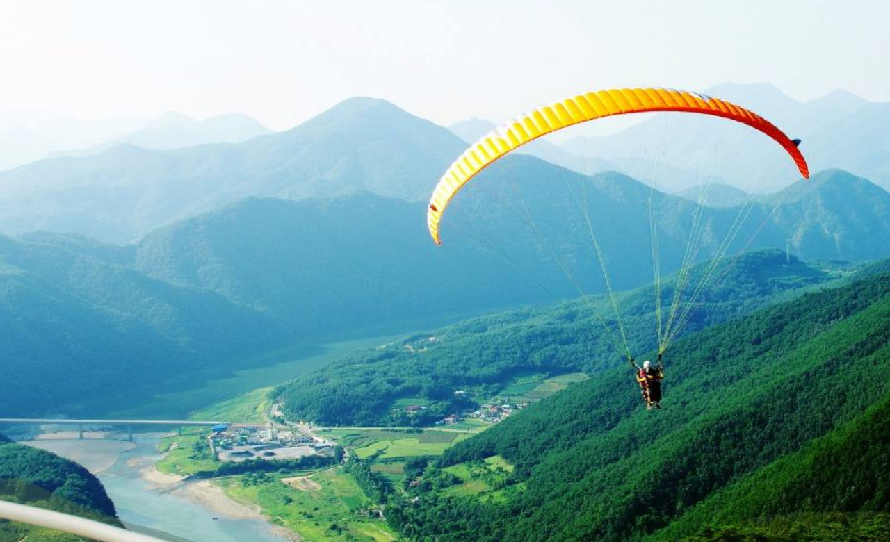 Experience Paragliding At Kalatop