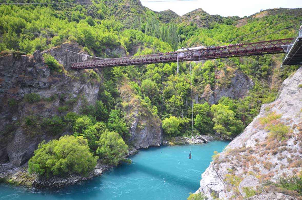 Kawarau Bridge bungee queenstown