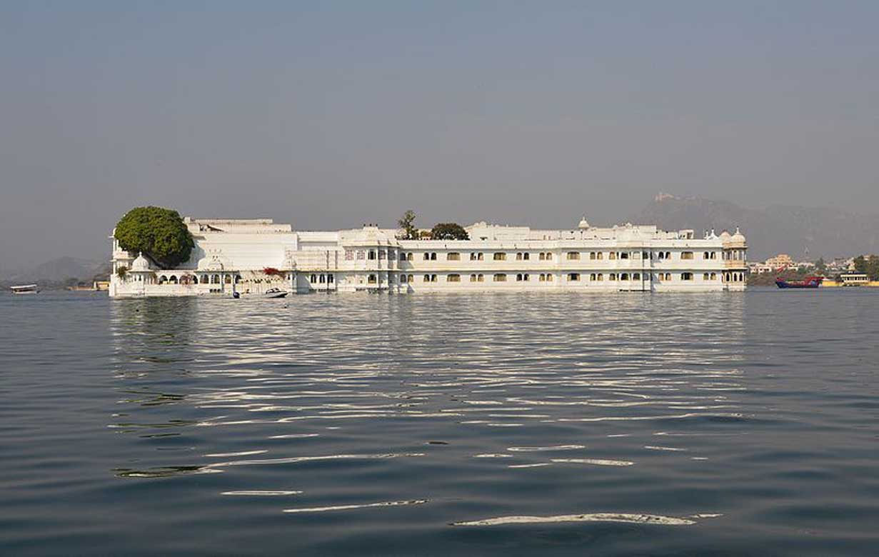 Lake Pichola 2