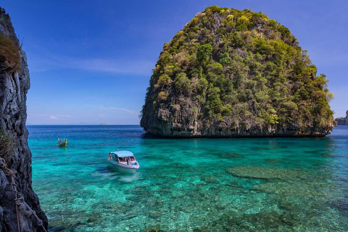 Phuket Tour