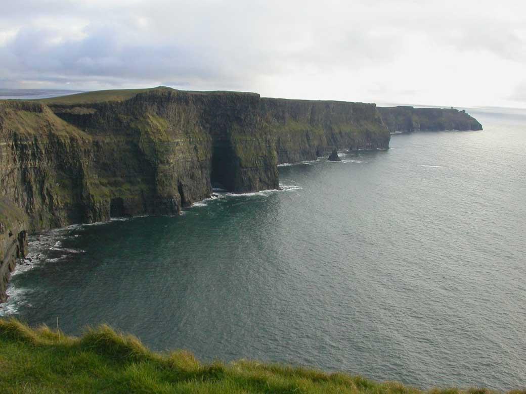 cliffs of moher tour1